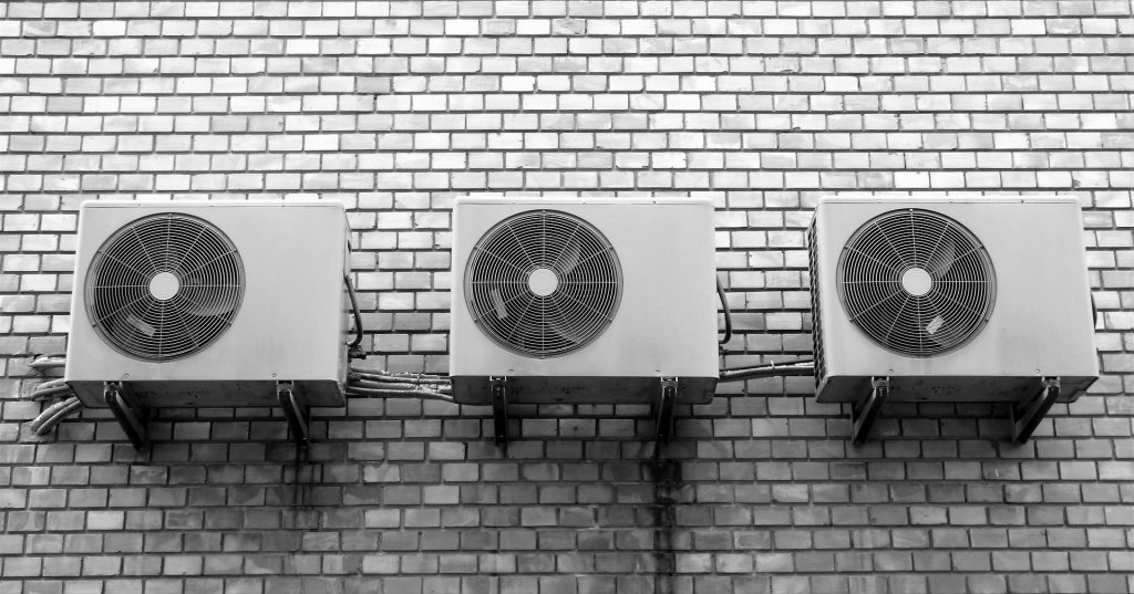 Wall airconditioning units